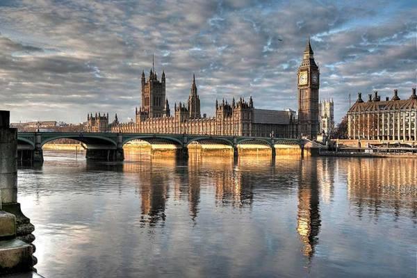 Felújítják a londoni parlament épületét