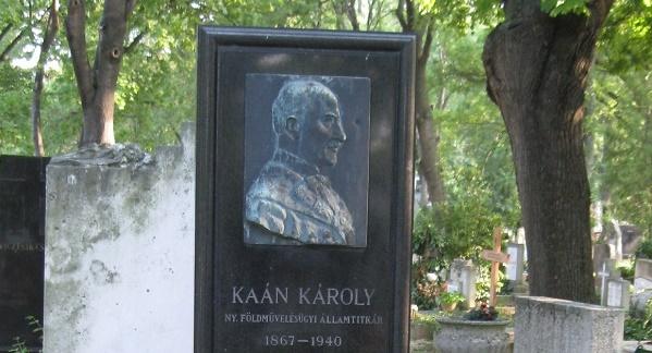 Emlékoszlopot avattak az erdőmérnök Kaán Károly tiszteletére