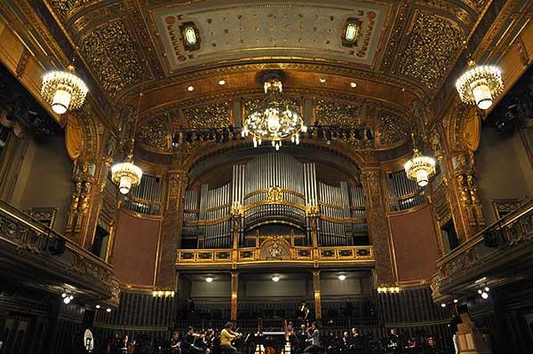 Hermann Hesse regényét állítja origóba a kamara.hu zenei esemény