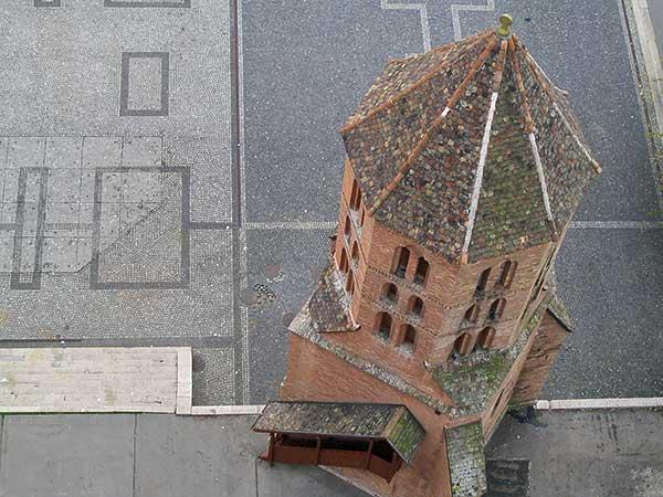 A Dömötör-torony meséi címmel nyílt tárlat a Szegedi Dóm Látogatóközpontban