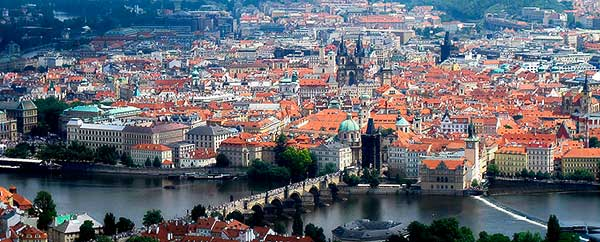 Borisz Nyemcov ellenzéki politikusról nevezik el Prágában az orosz külképviselet előtti teret