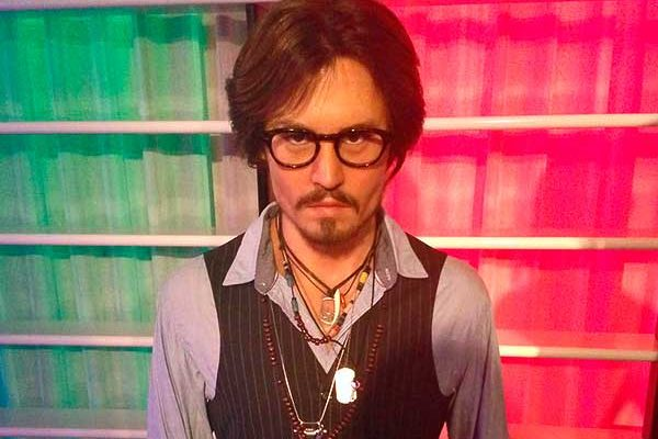 Johnny Depp és a rockgitáros Jeff Beck együttes albumon dolgozik
