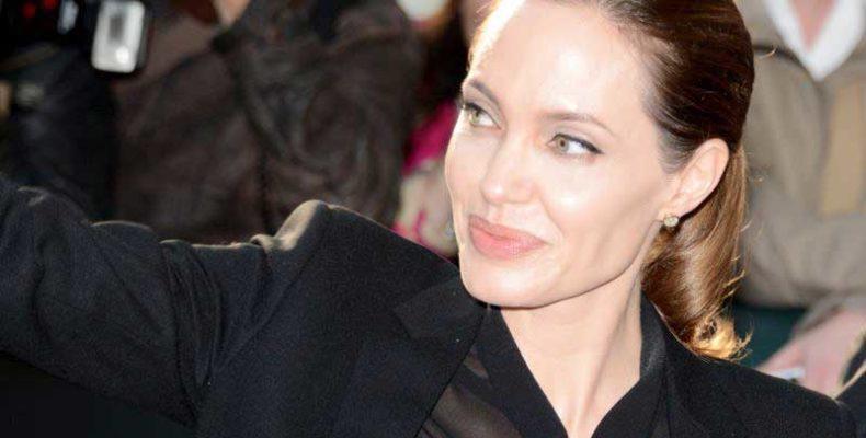 Angelina Jolie a hírneves brit háborús fotós, Don McCullin életéről forgat filmet