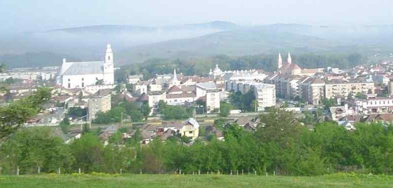 Korszerűsödött a szamosújvári műemlék ferences templom és kolostor