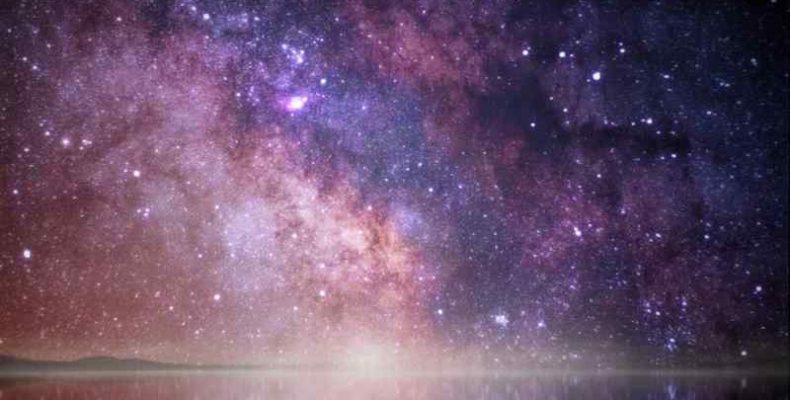 Első alkalommal fedezhettek fel három csillag körül keringő bolygót